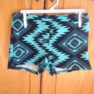 Pants - New (L) Mint Aztec Tribal Shorts