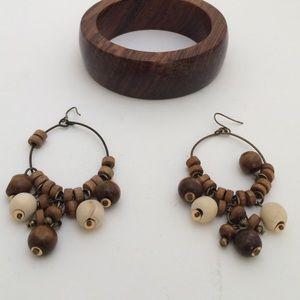 Vintage earrings and bracelet