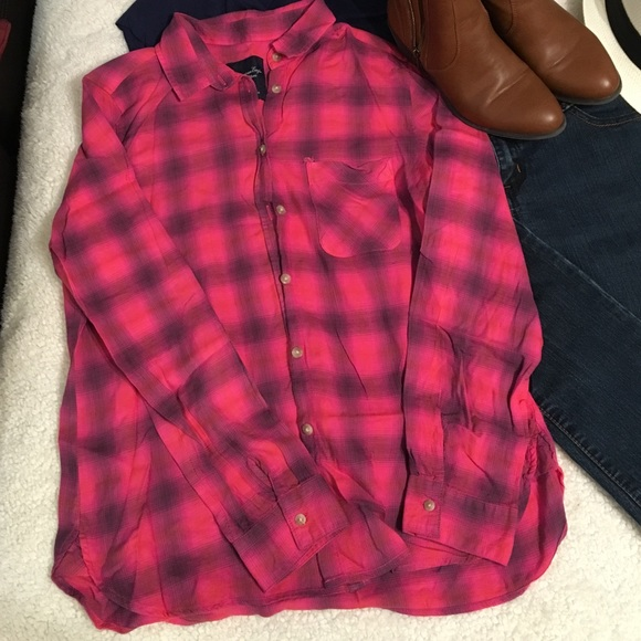 86 Off American Eagle Outfitters Tops Pink Black