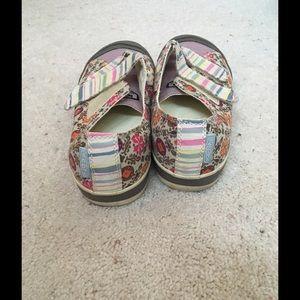 092312e364d8 Keen Shoes - Keen women s Velcro patch sneaker.