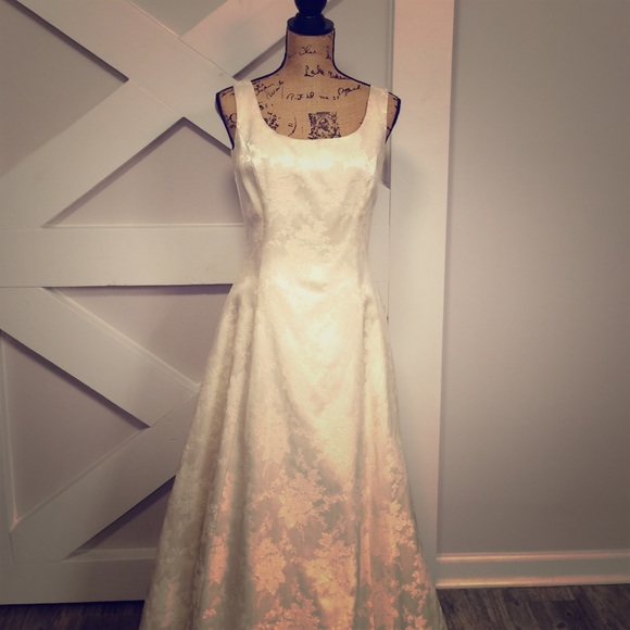 Jessica McClintock Dresses | Gunne Sax Ivory Brocade Formal Dress ...