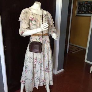 Pretty vintage floral dress
