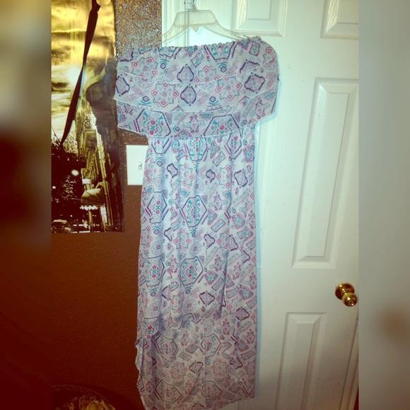 Dresses & Skirts - White Aztec Design Dress