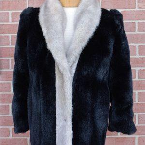 Jonas Brothers Of Alaska 🎉hp🎉 Vintage Faux Fur Coat W