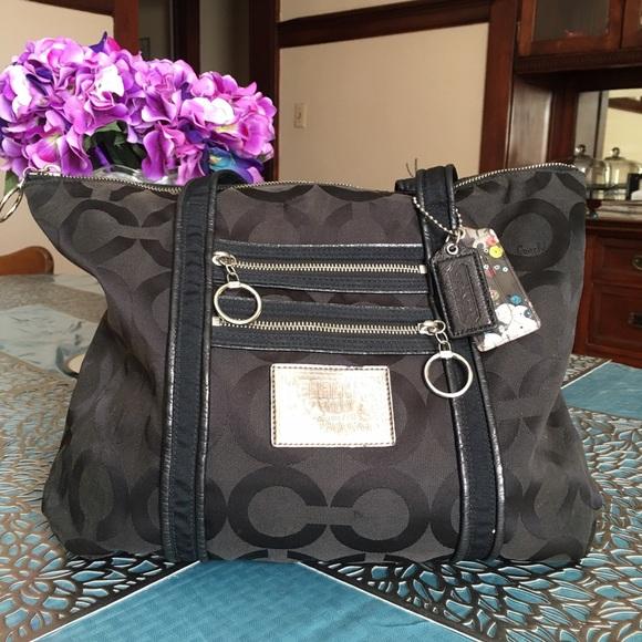 Coach Poppy Op Art Glam Tote No. G0967-13826-Black