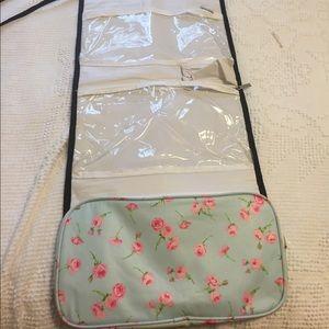 Gorgeous hanging travel kit!