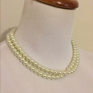 Jewelry - Classic long pearl necklace