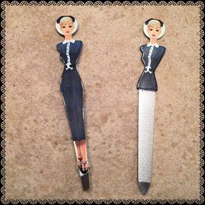 Women's 2 Piece Nail File & Tweezer Set