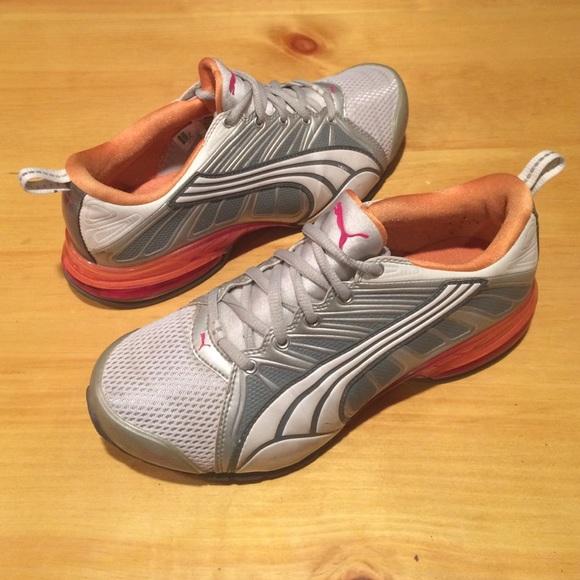 Puma Shoes - Women s size 6 Puma Shoes - Pink   Orange dd56ae0518