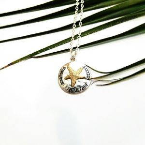 Boutique Jewelry - Starfish Pendant
