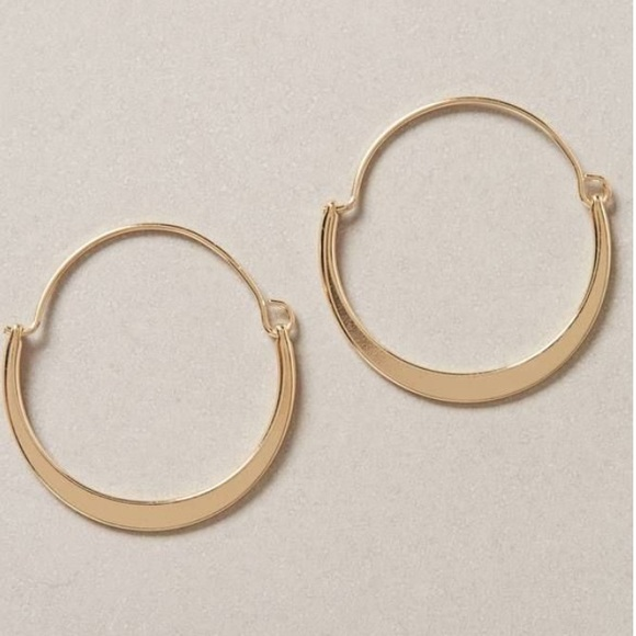 Anthropologie Half Moon Hoop Earrings OX20t