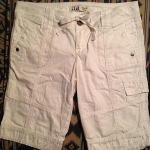 lei Pants - NWOT  lei Cargo Shorts