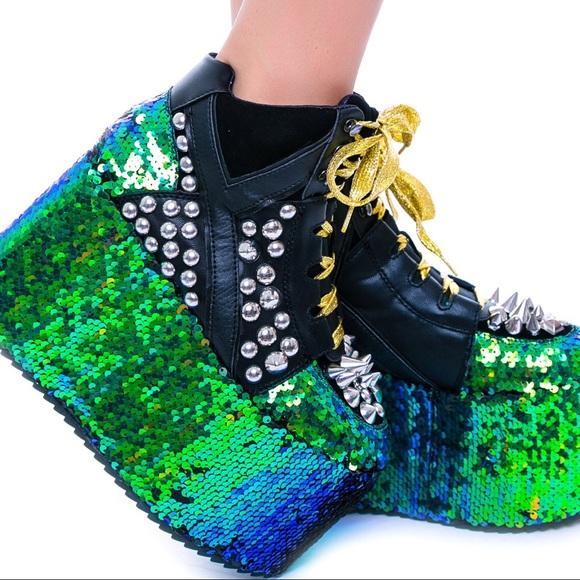YRU Shoes | Qozmo Dragon Platforms