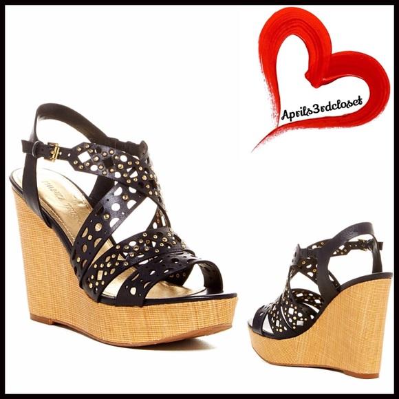 66 ivanka shoes 1 hour sale amazing sandals