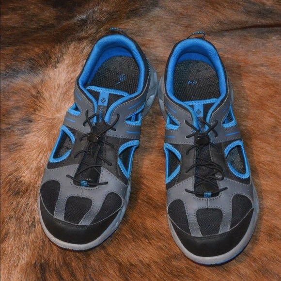 77 columbia other columbia boys tennis shoes from