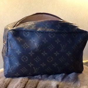 100% Authentic Louis Vuitton cosmetic travel bag