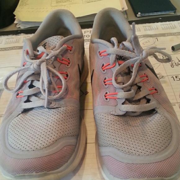 a180a06ef73 Nike free 5.0 barefoot ride sneakers. M 570d1a1f4e8d1776130040e7