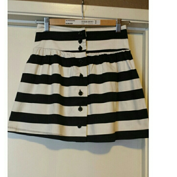 culture black and white striped a line mini skirt