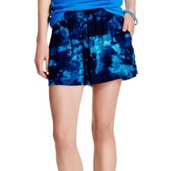 40% off Urban Outfitters Pants - Tie-dye flowy shorts from ...