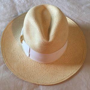4675950f3daad Tory Burch Accessories - Tory burch straw fedora hat white grosgrain ribbon