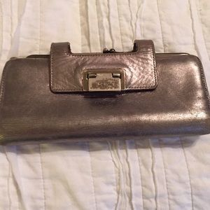 Kate Spade Wallet Wristlet silver and gold