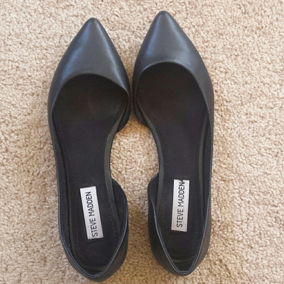 Steve Madden Shoes - Like new Steve Madden Elusion flats
