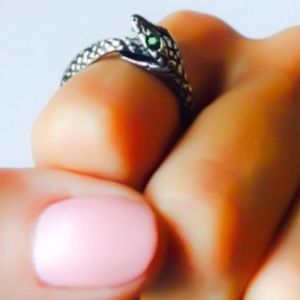 Alchemy Jewelry - Eternal Evolution Green Swarovski Snake Ring 7