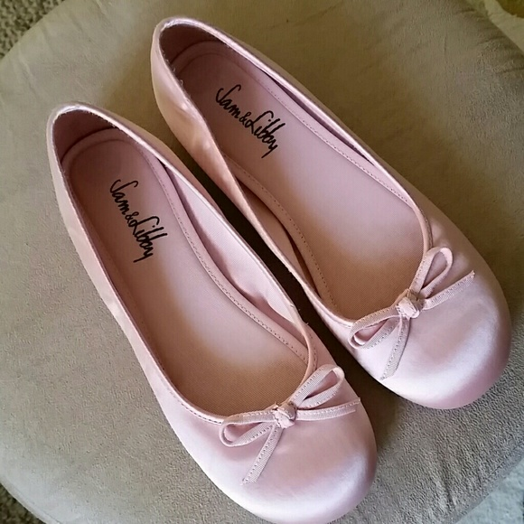 b628ae42ac0b  DJHOLLIDAY Shoes - Pink Satin ballet flats --rePoshing