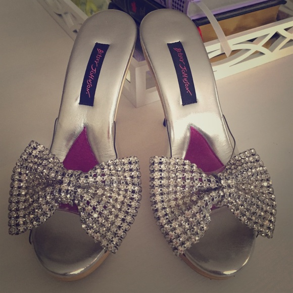 ca737f25a21c Betsey Johnson Karie Polly Silver Bow Heels