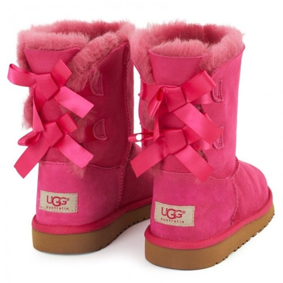 fdb13c48d82 Pink Bow UGGs (Shorties two bows)