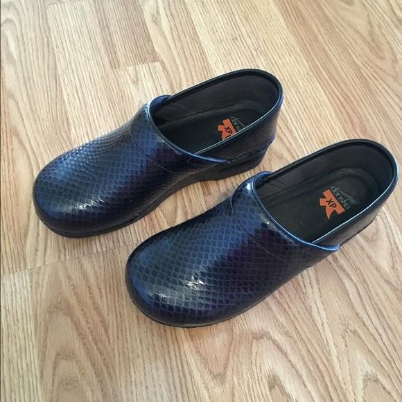 Dansko Shoes | Dansko Xp Clogs Size 4