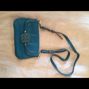 Tory Burch Bags - Tory burch small cross body real bag.