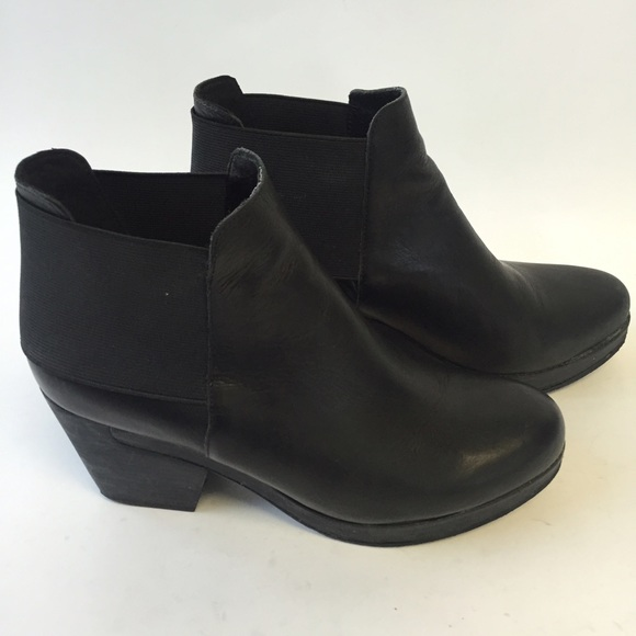 4d90673b5024 Eileen Fisher Shoes - Eileen Fisher Black Leather Ankle Boots