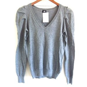 H&M Grey Capped Sleeve V Neck Knit Sweater