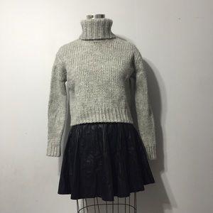J crew heather grey turtleneck sweater
