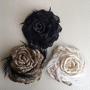 Colette Malouf Accessories - 🔅Host Pick🔅Black Rose Clip