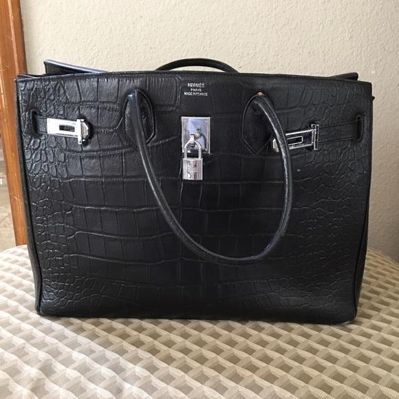 15e67e14e2f0 Hermes Handbags - Hermes Paris purse