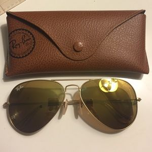 Gold Ray-ban Aviator