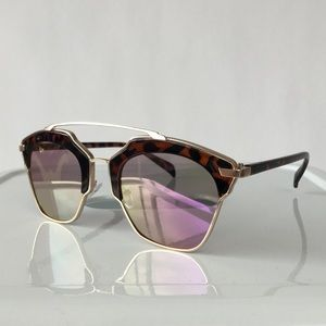 Accessories - Cat Eye Sunglasses With Purple Lenses