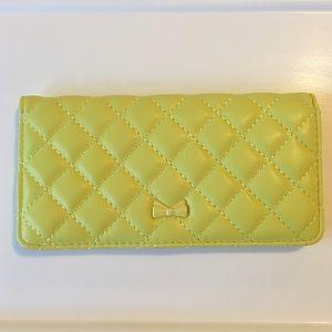 🦄Neon yellow wallet