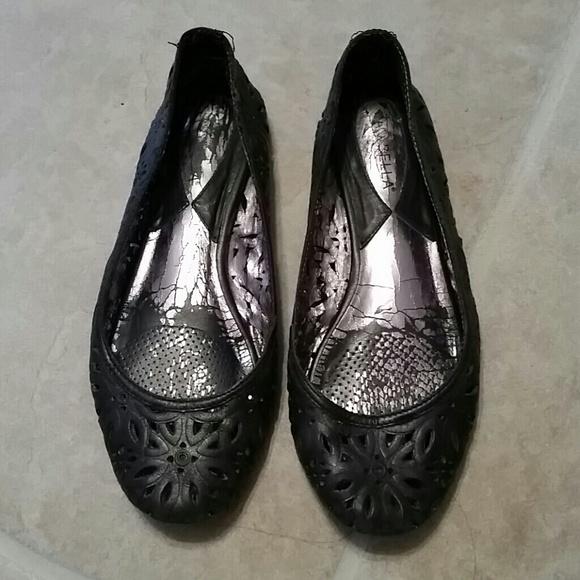2345efeedc9f6 Ciao Bella Shoes - Ciao Bella Black flats