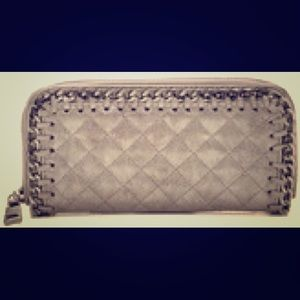 Steve Madden Handbags - New Steve Madden Gold Chain Quilted Wallet