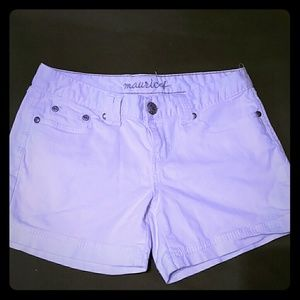 Maurices white shorts ~ size 7/8