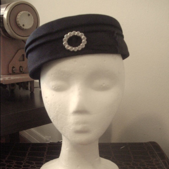 1950s Jackie Kennedy Style Pillbox Hat