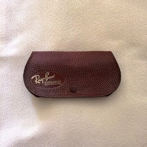 Ray ban vintage sunglasses/ glasses case