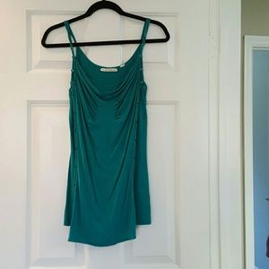 Tops - EUC tanktop. Very cute design, flowy and loose