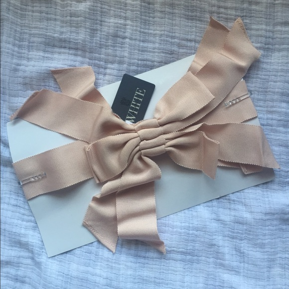 404870971cdc Vera Wang Accessories | White Collection Multi Bow Sash In Blush ...