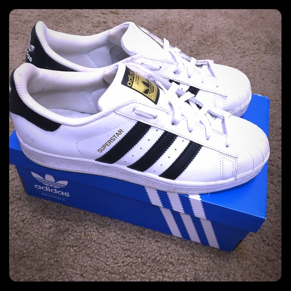 Adidas Superstars boys size 6.5 (women's 8.5)