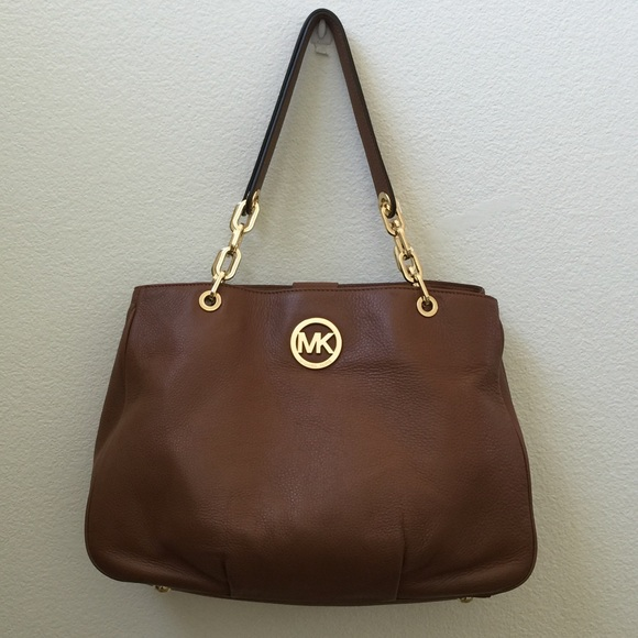 2464cff62be6 Michael Kors Brown Fulton Chain Leather Large Bag.  M_570e9a0c6a58304f11023aea