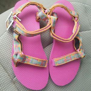 145bd54516ca Teva Shoes - NWT TEVA Artist Series mosaic Pink Orange Sz 10